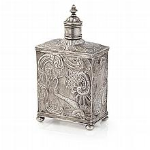 A Dutch 18th century tea caddy Height:15cm, 6.7oz
