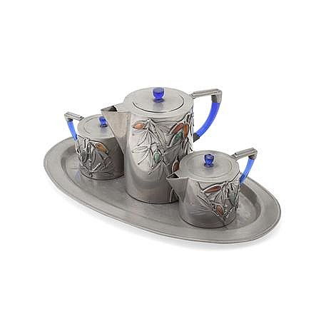CHINESE FOUR PIECE PEWTER TEA SERVICE REPUBLIC PERIOD Tray, 39cm wide; Teapot, 15cm high