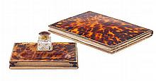 <sup>Y</sup> GOLD MOUNTED TORTOISESHELL DESK SET, RETAILED BY ASPREY OF LONDON LONDON, 1912