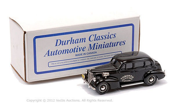 Durham Classics No.DC27B Oldsmobile 1938 Sedan