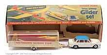 Dinky No.118 Tow Away Glider Set - Triumph 2000