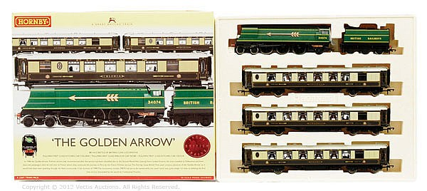 Hornby (China) OO Gauge, R2369, The Golden Arrow