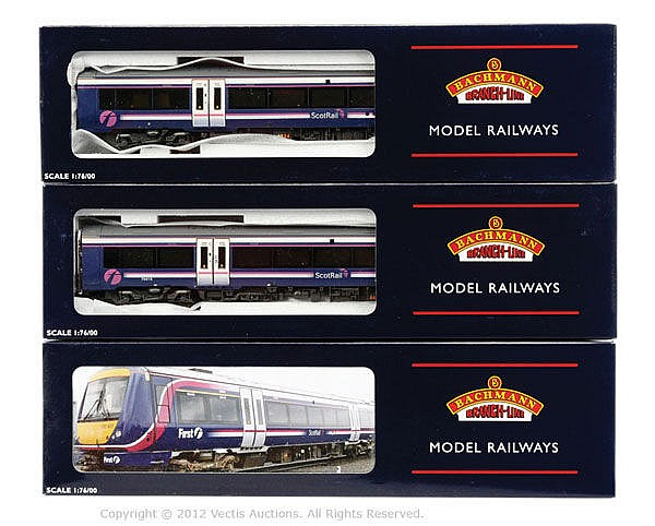 Bachmann OO Gauge 3-car DMU Turbostar Scotrail