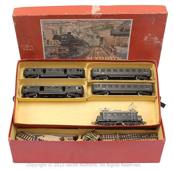 Marklin HO Gauge Passenger Train Set