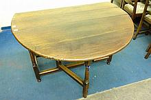 18TH CENTURY OAK OVAL DROPFLAP GATELEG TABLE