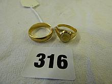 9CT GOLD WEDDING BAND AND UNMARKED YELLOW METAL