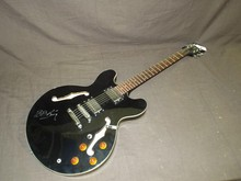BB King Signed Guitar