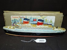 United States Battery Operated Ocean Liner w/Box