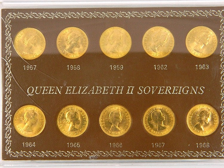 A set of ten sovereigns in a fitted case dated