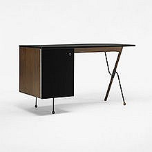 Greta Magnusson Grossman desk